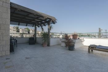 AVAILABLE IMMEDIATELY! 2 Bedroom Penthouse in Abu Tor