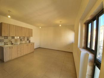 NO AGENT FEE 1 bedroom, living room and balcony in Nachlaot (Agripas Street)