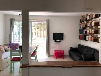 Bright and airy apartment for rent in central Jerusalem!