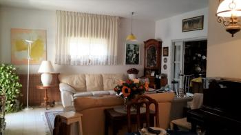 New Rechavia for sale 5.5 Rooms apartment