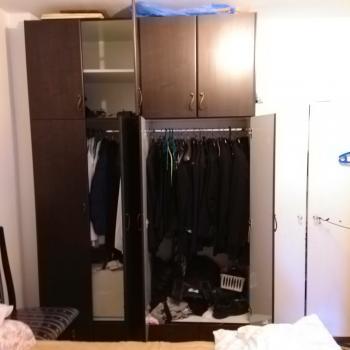 4 door bedroom closet