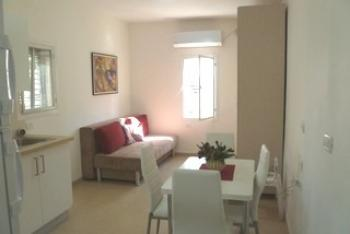 Furnished completely equipped studio apartment in