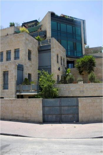 special building, with amazing views to the entire Old City!!!