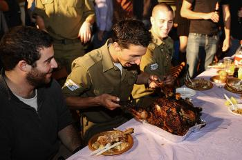 Lone soldiers celebrate at draft party ahead of joining IDF