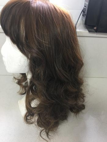 Beautiful new brown wig size large