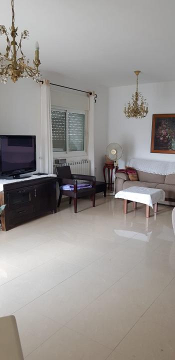 newly renovated, 140SQM, Spacious, in quiet street