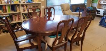 American Table and Chair Set - 100% Wood