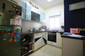 Beautifully Renovated 4 Room Apartment For Sale In Katamon!