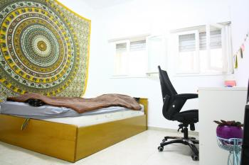 EXCLUSIVE!!!! Lovely 3 Room Apartment In Nachlaot For Sale At A Great Price!