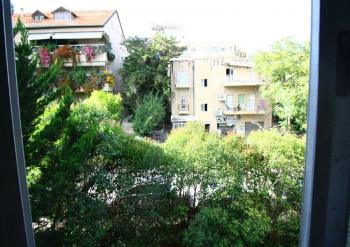Amazing Opportunity !! A 3 Room Apartment For Sale In  old Katamon