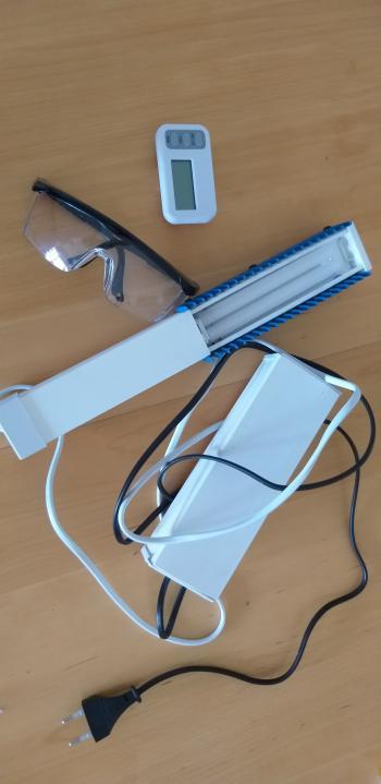 UV phototherapy lamp, psoriasis, dermatitis, ...