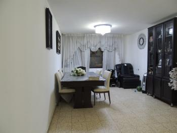 Beautiful apartment in the ultra-Orthodox area of ​​Jerusalem