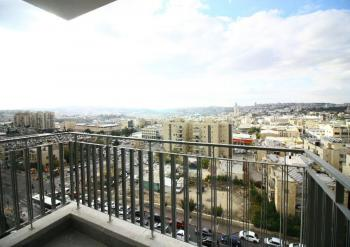 A Brand New 3 Room Apartment With A Panoramic View For Sale In Arnona!