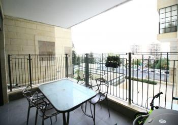 Stunning 3 Room Apartment For Sale In Arnona!