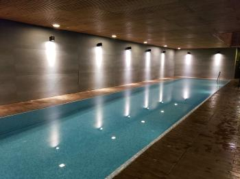 last minute luxury 2 bed/2bath furnished apartment with POOL, sauna & gym! Dates flexible