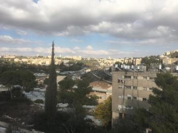 Man Street, Givat Mordechai