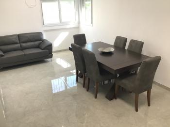 Stunning, brand new, fully furnished to a very high standard, long term rental apartment