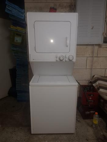 MAYTAG WASHER AND DRYER COMBO