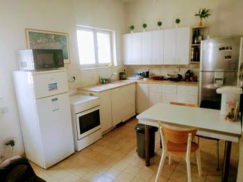 Room available in Talbya/Rehavia