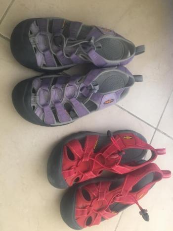 Keen's Womens Hiking Walking Shoes Sz 7.5 8