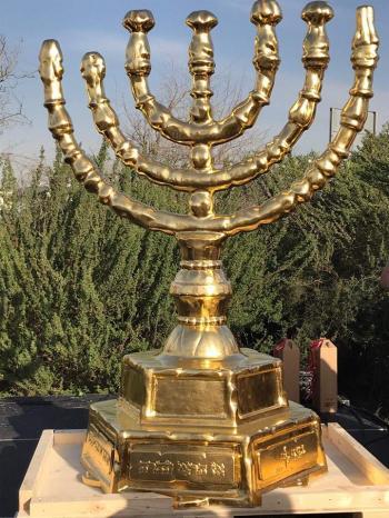 Two-meter high menorah lands at the Western Wall ahead of Hanukkah