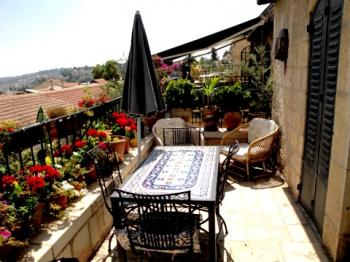 For Sale in Jerusalem Israel a 2 Room Apartment in the City Center