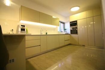 Breathtaking 5 Room Duplex For Sale In Mishkenot Ha'uma!