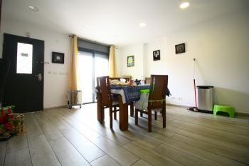 Beautiful 3 Room Apartment For Sale In Nachlaot!