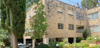 Exclusive for sale: 3 room apartment in the heart of Beit Hakerem
