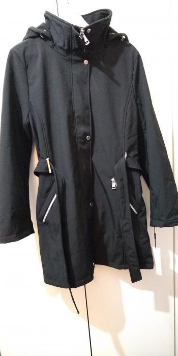Brand New Calvin Klein Raincoat For Sale