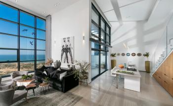 Super-invested apartment with open and breathtaking views, 205SQM