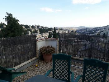 Very unique 3,5 rooms apartment for long term rental.