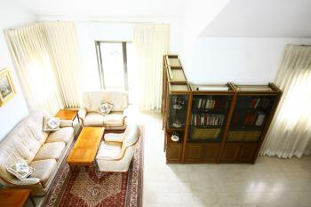 A Large 7 Room Apartment For Sale In Baka!
