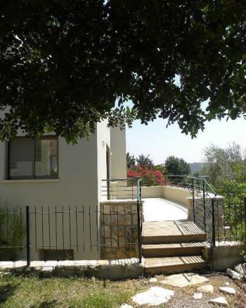 Special villa, on several levels 656SQM lot, stunning views.