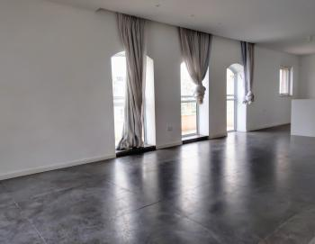 A stunning 4 room Penthouse for rent in Old Katamon!