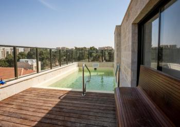 In the heart of Baka, luxury penthouse with private pool