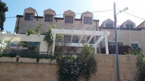 build a pergola for your sukkah