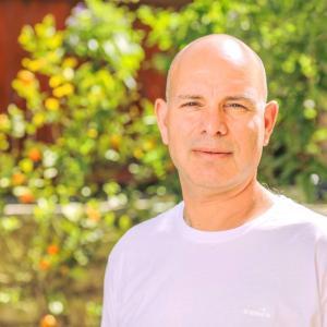 Senior Reflexologist - reflexology Jerusalem -Amos Ben Shaul